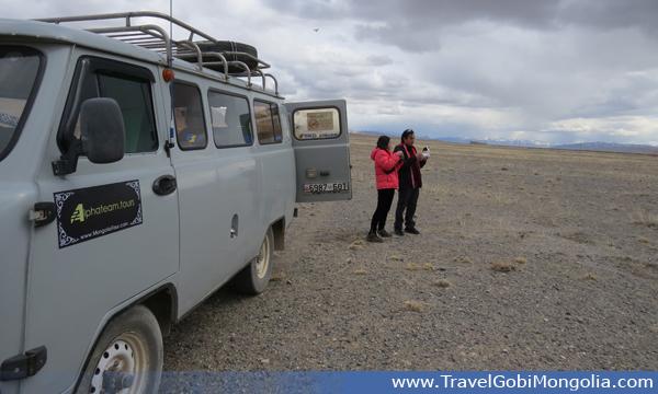 driving to Altai Tavan Bogd National Park