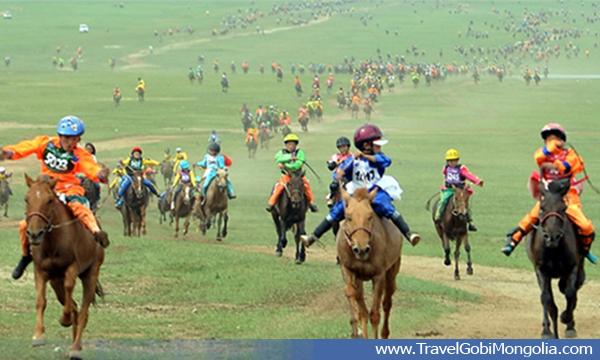 horse racing at Khui Doloon Khudag