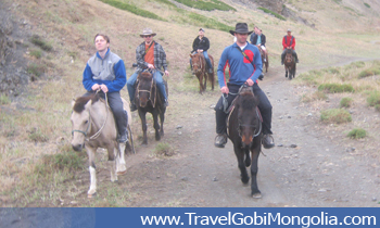 horse riding in Yol Valley