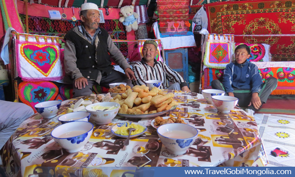 visit-to-kazakh-family.jpg