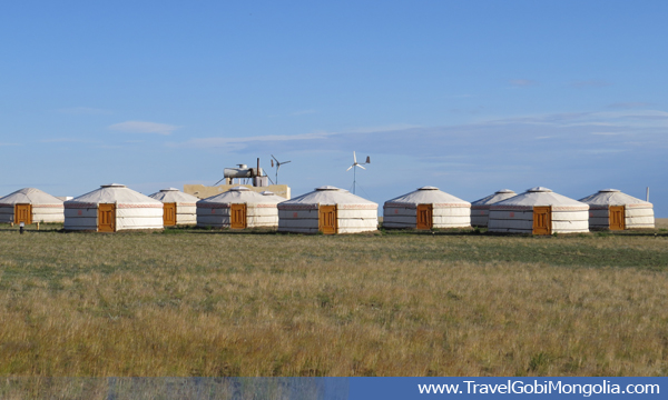 Guests' gers of Gobi Mirage tourist ger camp in Gobi Desert)