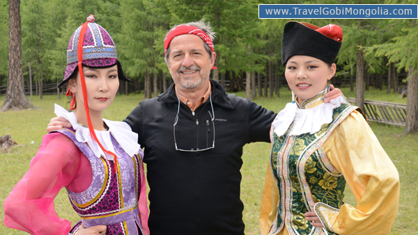 our customer with 2 Mongolian girls in North Mongolia